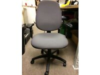 Office chair with lumber support