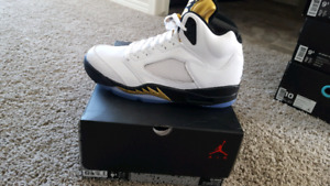 New Jordan 5 gold coin size 9.5 NO TRADES
