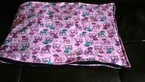 4.3lb weighted lap pad