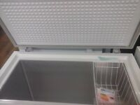 "CHEST FREEZER BRAND NEW !!! "" SWAN "" 192 LITRE RRP PRICE £ 239"