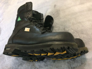 Steel Toe Leather Safety Boots (St. Catharines, ON)