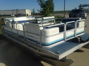 1994 Sweetwater 18ft pontoon
