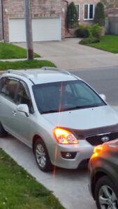 2011 Kia Rondo SUV, Crossover