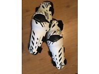 Leatt knee pads