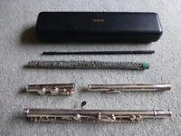 Yamaha Flute 211 Like New with hard case