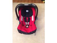 Britax Baby Safe Car Seat Plus SHR II and isofix base