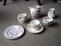 Crockery, Tea Sets and Dinnerware