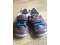 3 1/2 G Clarks First Shoes