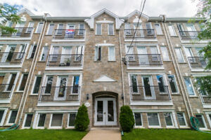 NDG: 4 1/2 condo with parking for sale
