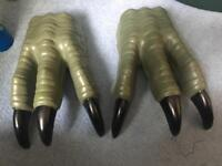 Dinosaur claw hands