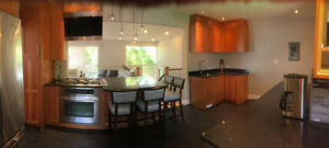 NORTH VANCOUVER UPPER LONSDALE / FULLY FURNISHED HOUSE FOR RENT