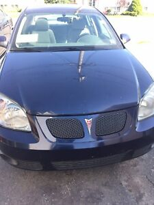Awesome condition Pontiac G5 2008