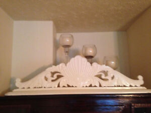 Decorative White Wood Corbel