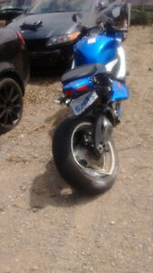 selling gsxr with very low km and accident on rear