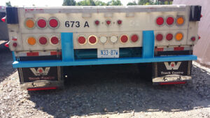 FLATBED TRAILERS FOR A RENT