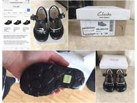 Toddler Clarks Light Up Shoes size 3.5