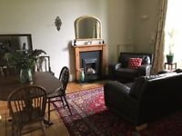 Central Stirling... new on market... beautiful 3-bed flat with period features