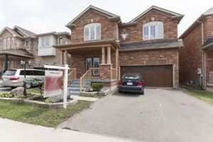 One Is A Showstopper 4+1 Bed Rooms Detached Home