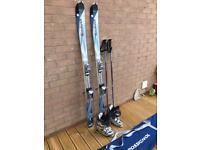 Rossignol Sapphir 160 Skis & Atomic Ski Boots