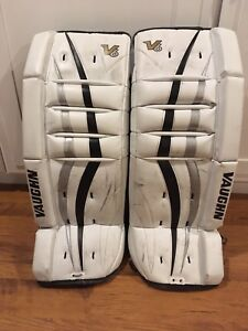 "Vaughn youth goalie pads (24 +1.5"")"