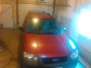 2005 Ford Escape XLT as is $1,100 obo