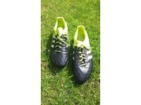 Size 8 Adidas football boots. 15.4