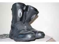 Merlin Waterproof Motorbike Boots - Men's size 9 excellent condition