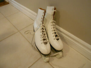 Ladies Daoust Canadian made skates
