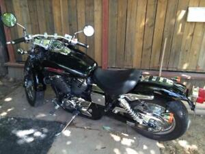 Clean Honda shadow low km very clean.