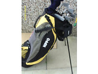MENS HIPPO TPX 100 RIGHT HAND GOLF CLUBS IN STAND BAG