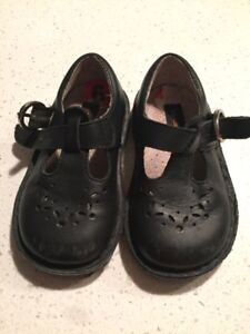 Stride rite size 6 dress shoes
