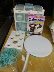 Complete Cake Decorating Set