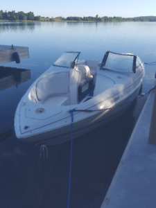 23 FT CHRIS-CRAFT BOWRIDER WITH TRAILER