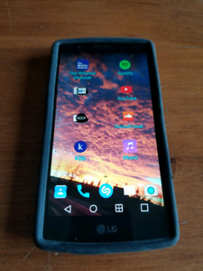 LG G4 Bell/Mts *Mint shape + 2 batteries included*