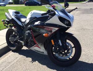 Yamaha R1 2012 - Priced to sell ASAP