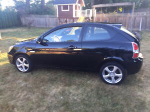 2009 Hyundai Accent Sport Coupe (2 door)