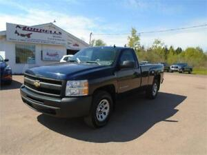 2010 CHEVROLET SILVERADO REGULAR CAB 4X4!!!