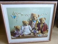 Picture of a teddy bear family
