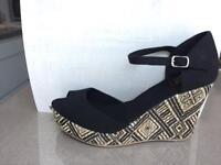 Black wedge canvas sandal size 5