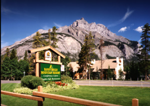 BANFF - 2 BEDROOM CHALET RESORT CONDO