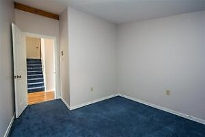 Room for rent Shore Drive in Bedford