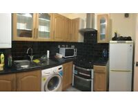 BETHNAL GREEN 3/4 BEDROOM MAISONETTE