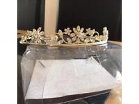 Bridesmaid tiara