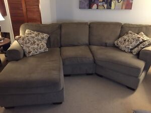 Sectional couch--- pending sold