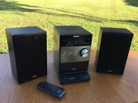 Sony FX350i iPhone/iPod Dock/ CD Player/ DAB Radio