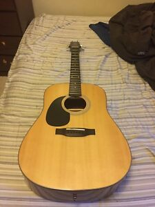 Jasmine by Takamine Lefty Acoustic