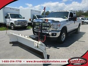 2015 Ford F-250 HARD WORKING XL - SUPER DUTY MODEL 5 PASSENGER 6