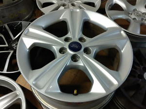 OEM TPMS / Ford Escape Fusion alloy rims 5 x 108 / 235 55 17