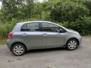2008 Toyota Yaris Hatchback automatique air climatise
