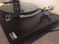 Rega Planner 3 Turntable with Rb200 Arm **** Absolutely Stunning condition*****